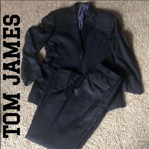 Tom James